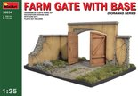 MiniArt Farm Gate with Base 1:35 (36034)