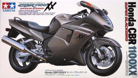 Tamiya Honda CBR 1100XX Super Blackbird 1:12