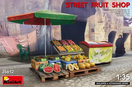 MiniArt Street Fruit Shop 1:35