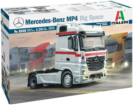 Italeri Mercedez-Benz MP4 Big Space 1:24