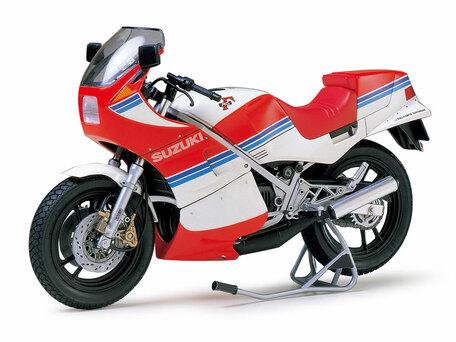 Tamiya Suzuki RG250 Gamma 1:12