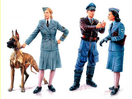 Master Box Women at War: Germany, Luftwaffe Helferinnen 1:35