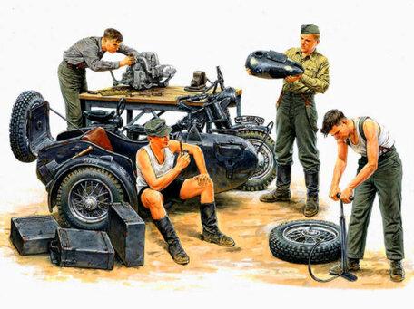 Master Box German Motorcycle Repair Crew 1:35