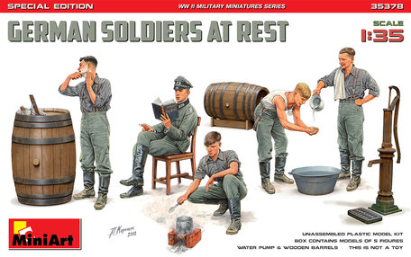 MiniArt German Soldiers At Rest Special Edition 1:35