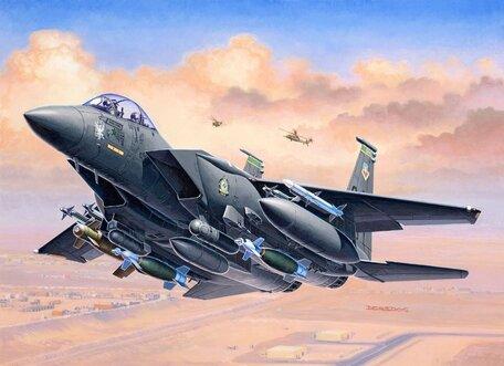 Revell F-15E Strike Eagle & Bombs 1:144