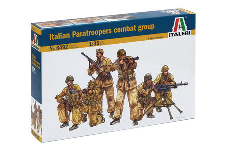 Italeri Italian Paratroopers Combat Group 1:35