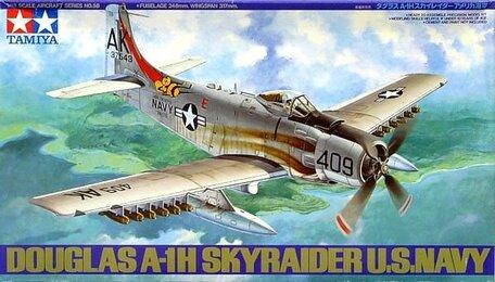 Tamiya Douglas A-1H Skyraider U.S. Navy 1:48