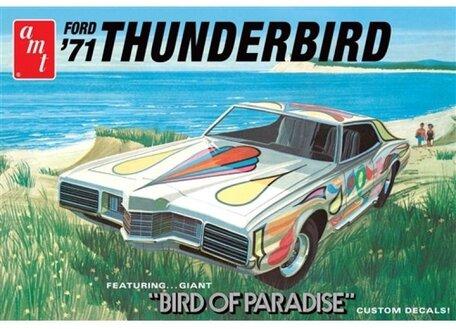 AMT Ford Thunderbird '71 1:25