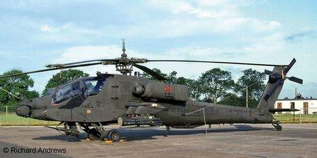 Revell AH-64A Apache 1:100