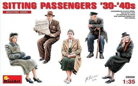 MiniArt German Sitting Civilians 1:35