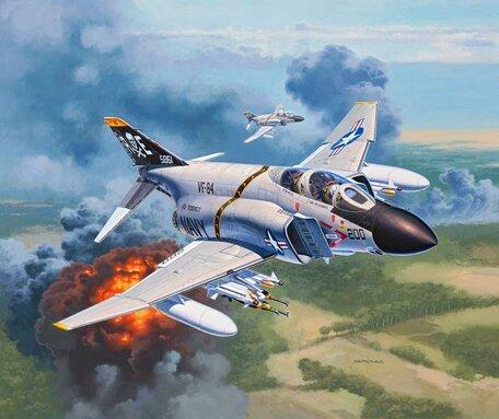 Revell F-4J Phantom II 1:72