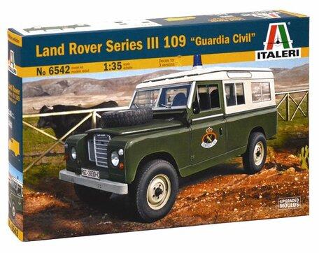 Italeri Land Rover Series III 109