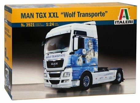 Italeri MAN TGX XXL Wolf Transporte 1:24