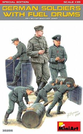 MiniArt German Soldiers with Fuel Drums 1:35