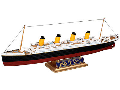 Revell R.M.S. Titanic 1:1200
