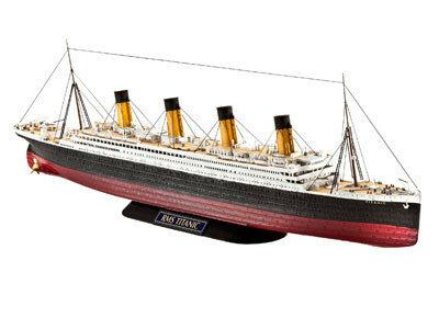 Revell R.M.S. Titanic 1:700