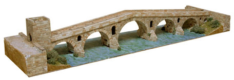 Aedes Ars La Reina Bridge