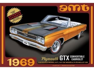 AMT 1969 Plymouth GTX Convertible Cabriolet 1:25