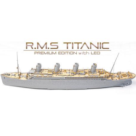 Academy RMS Titanic Ocean Liner Premium Edition 1:400
