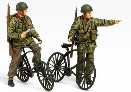 Tamiya British Paratroopers & Bicycles Set 1:35