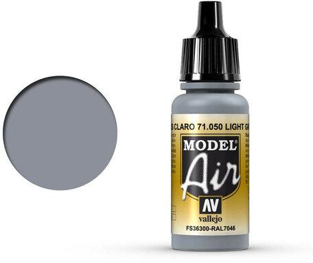 050. Vallejo Model Air: Light Gray (71.050)