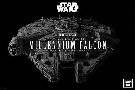 Bandai Star Wars Millennium Falcon 1:72