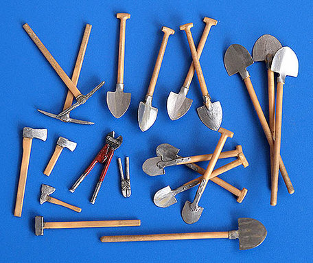 Plus Model Sapper Tools 1:35 (192)