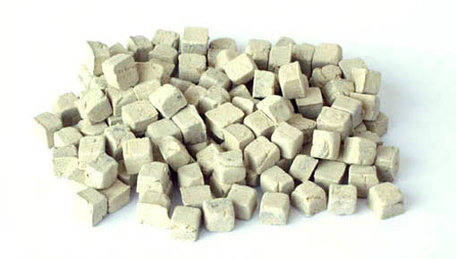Plus Model Paving Stones Small: Sandstone
